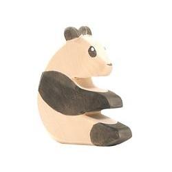 Ostheimer Panda sitzend